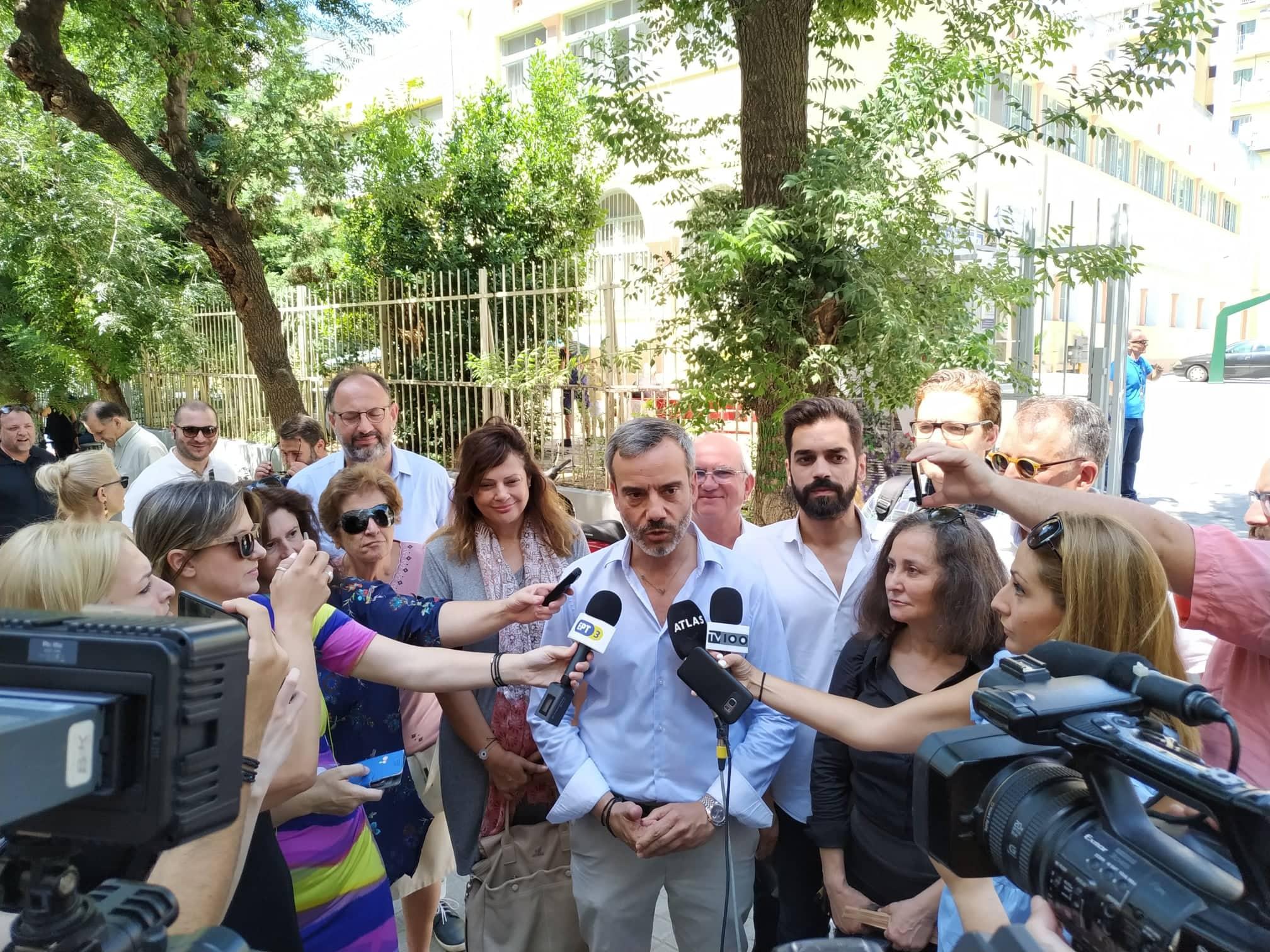 Δηλώσεις Κ. Ζέρβα στο εκλογικό κέντρο